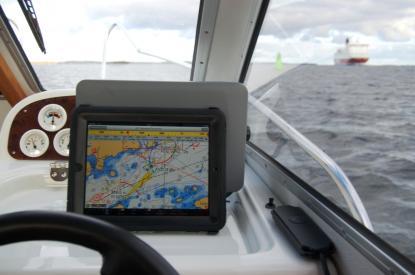 Det är bara iPad med 3G-uppkoppling som har inbyggd GPS-mottagning. Det är en förutsättning för att Apples iPad ska fungera som navigator om man inte vill ha extern mottagare bredvid, säger Göran Johansson på Solteknik.