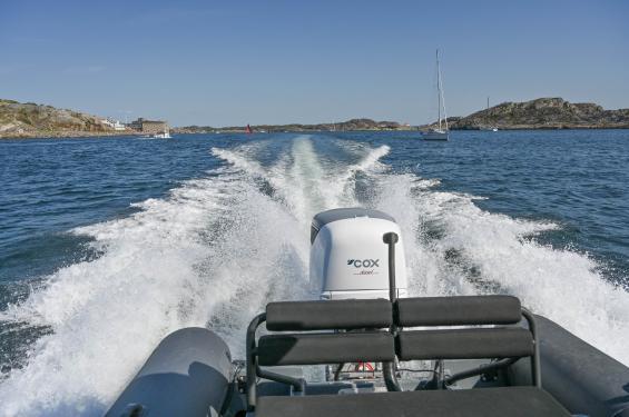 Provkörning med nya COX dieselutombordare CXO300 skedde i samband med Marstrands båtmässa.