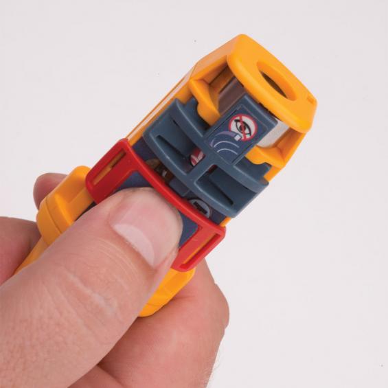 Rescue AIS MOB1 är namnet på världens minsta AIS-sändare. Är tänkt att användas vid man överbord situationer.