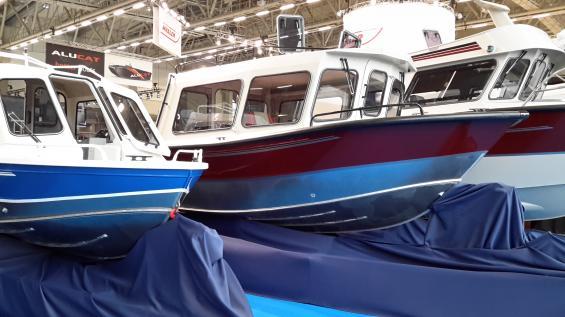 North Silver Pro är namnet på ryska hyttbåtar byggda i aluminium. Förefaller vara rejält byggda och pulverlackade. Tre modeller visas på Allt för sjön i Stockholm vecka 10.