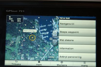 Namn på gator närmast kustlinjen, satellitbilder och flygfoton över hamnar finns med i det större sjökortet BlueChart g2 Vision.