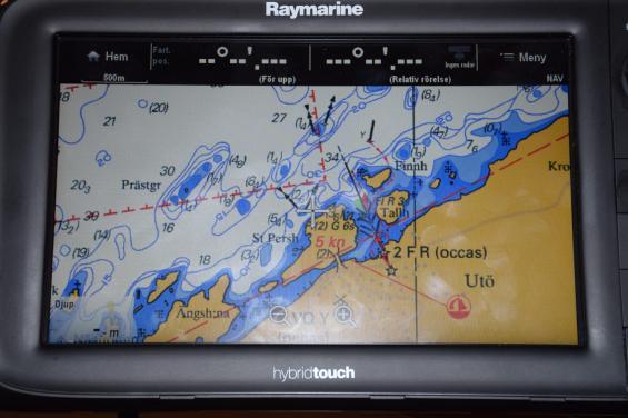 Den som vill byta sjökort till ett som är en exakt kopia av papperssjökortet kan nu göra det till Raymarines navigatorer. Simrad och Lowrance kommer senare under våren.