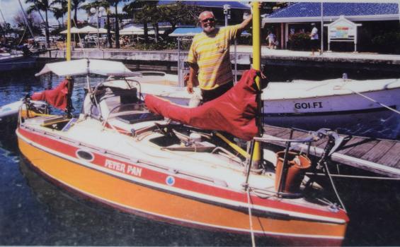 Nils-Göran Bennich-Björkman konstuerade och byggde Peter Pan. Längd 6,3 meter och bredd 1,8 meter. I 19 år varade hans seglats.