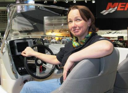 Marie Lekare från Smedjebacken blickar framåt för både kvinnor i båtlivet och för Ryds. Hon har varit med i projektgruppen kring nya Ryds F528. Marie Lekare har även arbetat med projektgruppen \