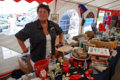 Eva Andersson ansvarade för festivalens loppis – och sålde bra.