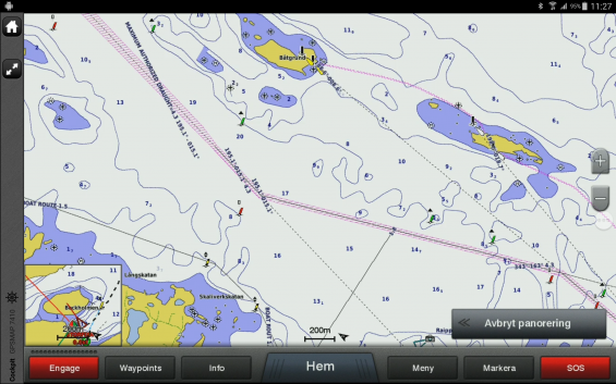 Bilden från Garmins navigator visar farleder och enslinjer. Notera lilafärgade farleden som är något av en huvudbåtled.