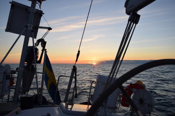 Någonstans mitt på Bottenhavet med kurs mot finska Rauma.