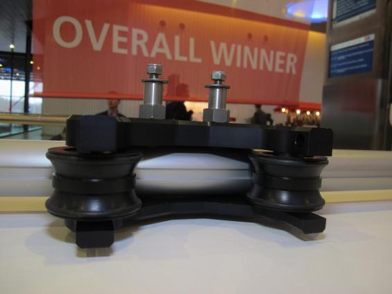 Denna del i ett styrsystem, tillverkat av Jefa,blev totalsegrare i prestigefyllda tävlingen DAME AWARD på METS 2014.