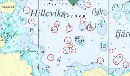 Kusten är stenig. Inringade grund visar korrigerar som Hydrographica fört in i sjökorten.