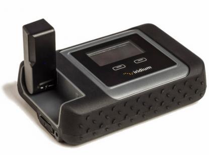 Iridium Go! är länken mellan en Smartphone och satelliter för global kommunikation.