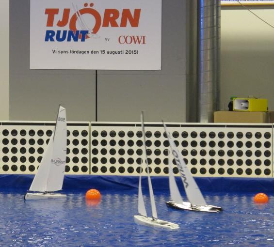På fredag 6 februari kl.13.00 blir det finalseglingar i Lilla Tjörn Runt Indoor Cup.