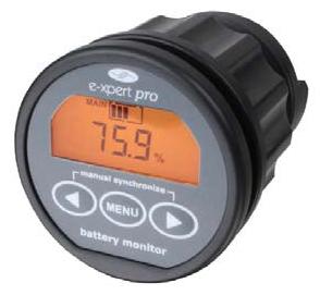 Odelcos Battmeter klarar att hålla koll på både start- och förbrukningsbatterier med samma instrument.