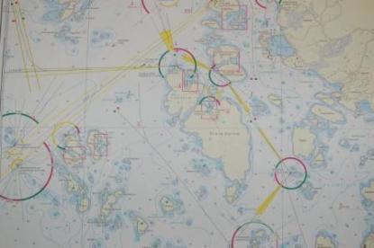 Kartografin imponerar och är förbluffande lik Sjöfartsverkets kort.